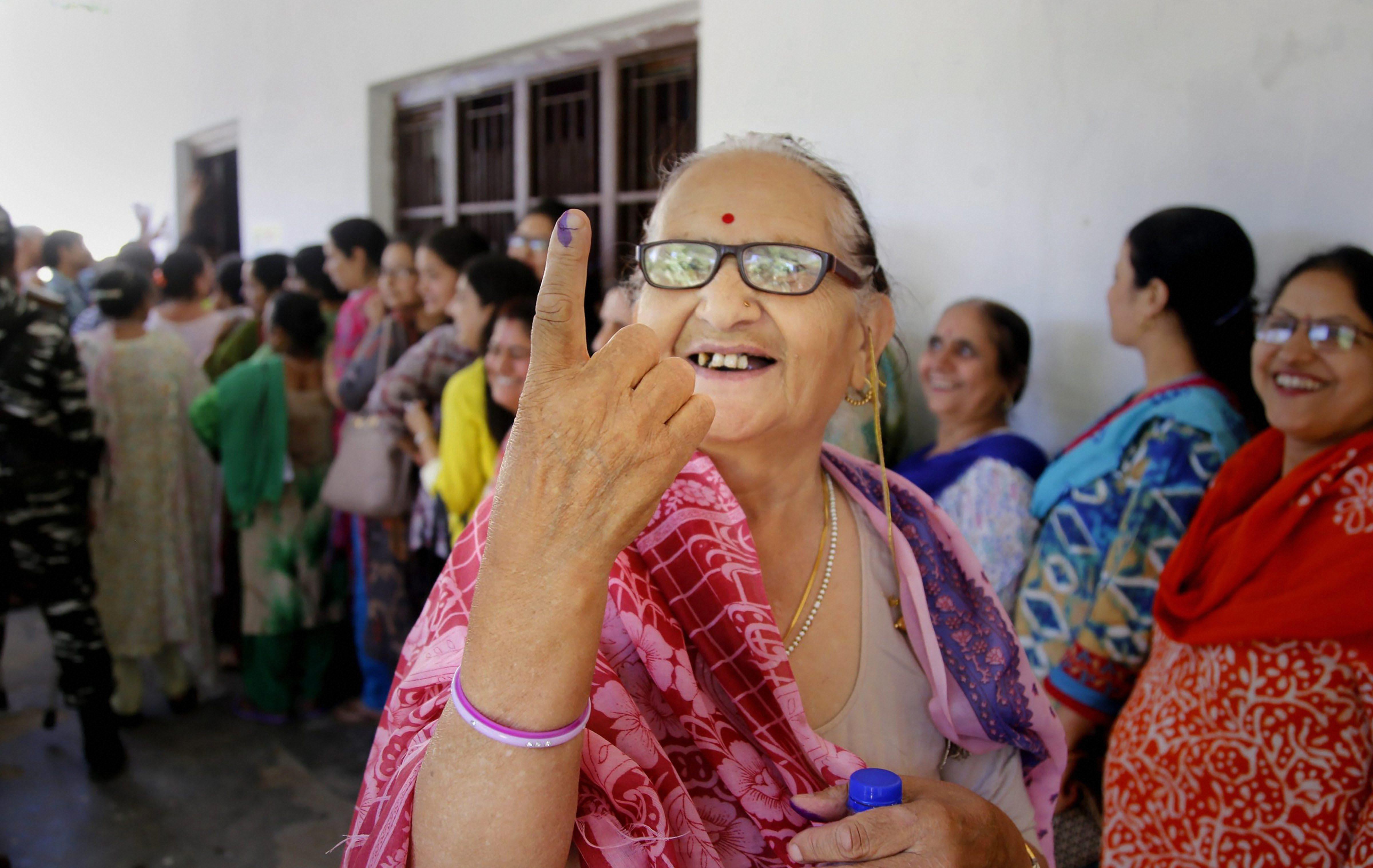 Image result for voting in Madhya Pradesh, actor Ashutosh Rana vote